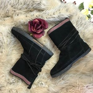 Toms Black Suede Nepal Boots 8.5